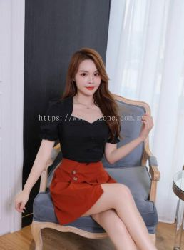 BB6750 Puff Sleeved Top