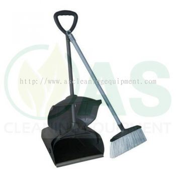Dust Pan With Nylon Broom