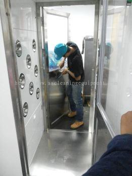 Air Shower Room Installation 1