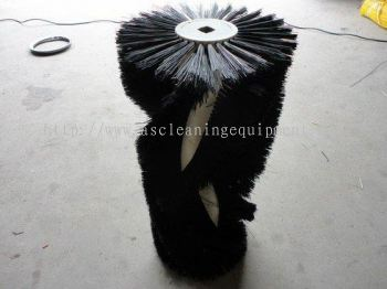 Center Roller Brush