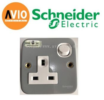 Schneider ESM15 13A x 1 Gang Metal Clad Switched Socket Outlet
