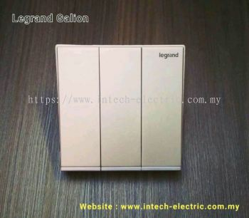 LEGRAND GALION 282404-C2 3GANG 1WAY SWITCH - CHAMPAGNE(SILVER BAR)