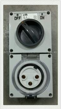 56Series 56CV332 32A 3Pin Socket