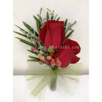 Red Roses Corsage (CC-007)