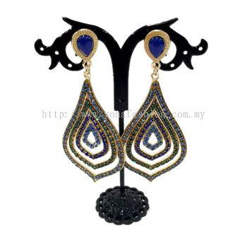 Grand Leaf Shape Fully Stone Earring (Gold / Blue Stone)