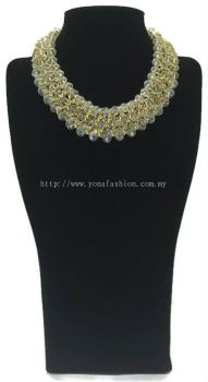 Grand Triple Lid Small Beads Necklace (White)