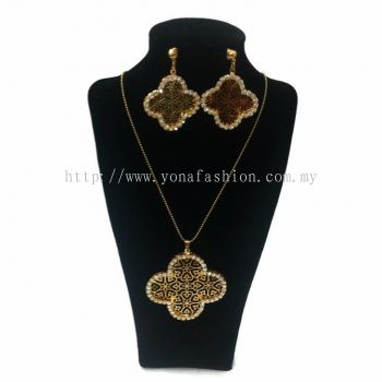 Yona Fashion 2 in 1 Necklace Earring Set (Flower)