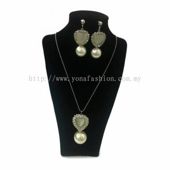 Yona Fashion 2 in 1 Necklace Earring Set(Love Pearl)