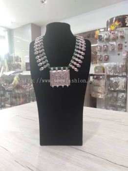 ETHNIC OXIDISED NECKLACE