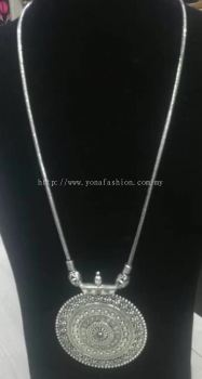 LIGHT WEIGHT SILVER NECKLACE