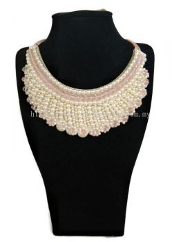 Women's Designer Elegant Crystal Necklace With Pearls