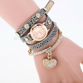 Charm Bracelet With Rhinestone Heart Shaped Pendant (Dark Grey)