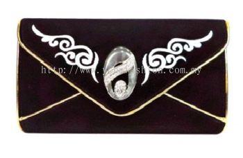 Design Velvet Clutch (Black)