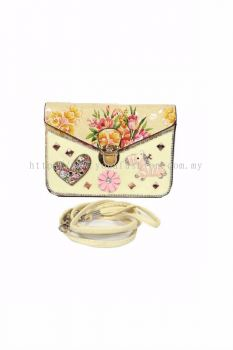Design Cross-body Bag (Cream)