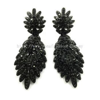 Grand Stone Earring (Shiny Black)