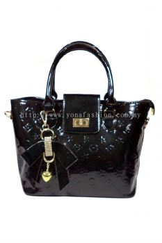 Glossy with KeyChain Top Handle Bag (Black)