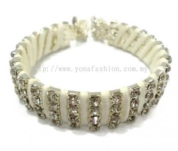 Designer Rhinestone Bangle (White / Silver)