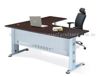 L-SHAPE TABLE METAL J-LEG C/W STEEL MODESTY PANEL & METAL POLE LEG QL 1815-M (FRONT)