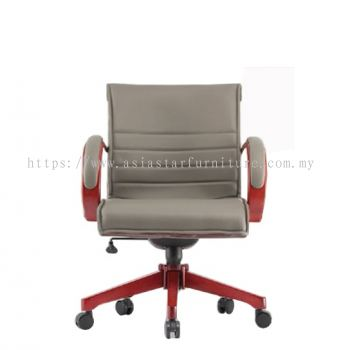 MAXIMO II (B) DIRECTOR LOW BACK CHAIR C/W WOODEN ROCKET BASE