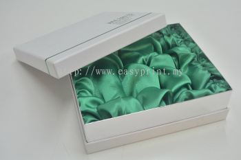 Box with Satin Cloth Nesting