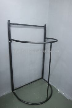 23145 Jubah Stand-Silver Black