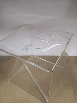 50562-Acrylic Luckydraw Box 30cm