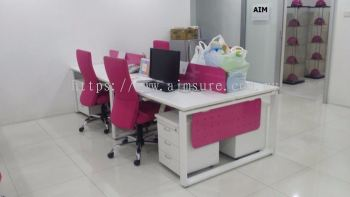 4 pax Workstation with cassia leg