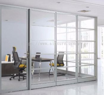 Executive Full height glass AIM block system of L shape workstation with abies leg and credenza return