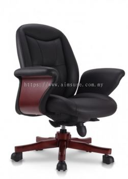 Director lowback chair with wooden baseAIM8803-BOSS