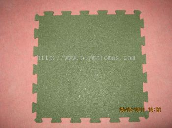 Interlocking Rubber Mat (Colour Availble In Green And Red)