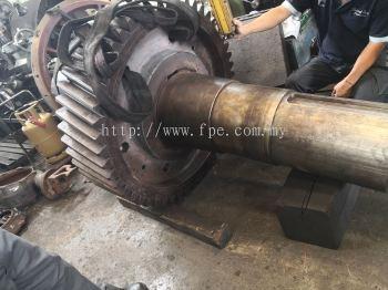 Gearwheel Dia.1100 x Shaft Dia.360 x TL2200mm (3 tons+). Sprayweld rebuild coupling journal OD340 x L250mm x 2ends c/w keyway repair, seal journal OD360 x L75mm x 2ends