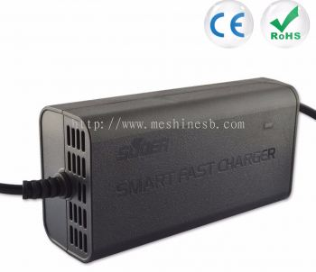 Suoer 12V 5A Automatic Battery Charger (SON-1205)