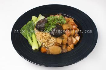 �����߲˷� Braised Veggie Rice