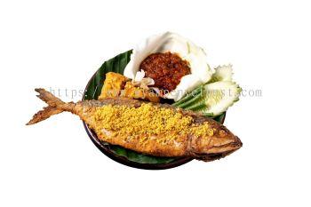 Ikan Kembung With Sambal