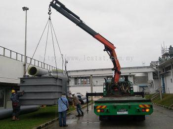Lorry Crane & Rigid Low Loader with Crane