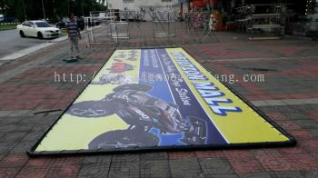 My Station Mall Zig Zag Billboard install at Jalan Kapar