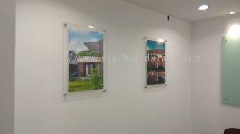 Gpi Acrylic poster frame in PJ Kl