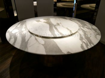 Round White Marble Dining Table - Calacatta Marble