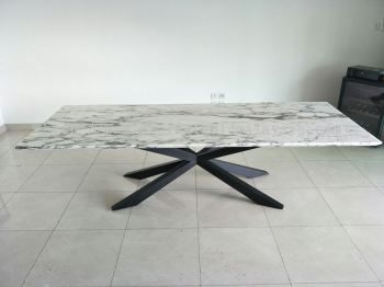 White Marble Dining Table - Arabescato Chorchia Marble
