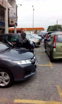 Car Windscreen Flyer Distribution