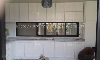 ALUMINIUM DOOR FINISHING - PLAIN COLOR