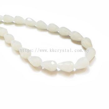 Crystal China, Teardrop 10mm, B24 White Opal