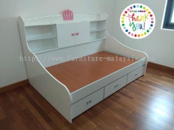 LITTLE CROWN SINGLE BED