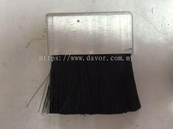 Rectangular Nylon Brush for Chain Oil