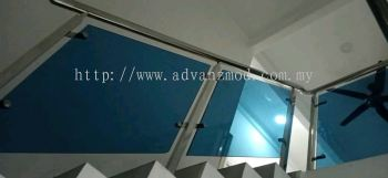 Local Stainless Steel Staircase With 12MM Tempered Blue Glass