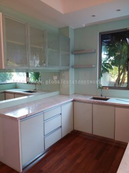 Rental Price: RM6,500 Property Type: 2-sty Terrace House Corner Build Up: 3400 Square Feet