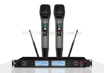 Professional UHF Wireless Microphone (SPK-V8)