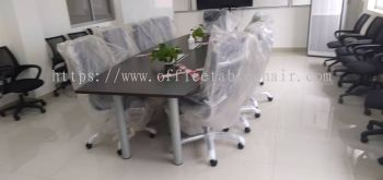OFFICE FURNITURE - BOAT SHAPE MEETING TABLE & LOW BACK CHAIR