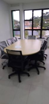 OFFICE FURNITURE - OVAL SHAPE MEETING TABLE & LOW BACK CHAIR