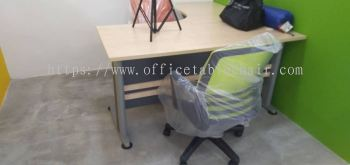 OFFICE FURNITURE - L-SHAPE TABLE & CHAIR